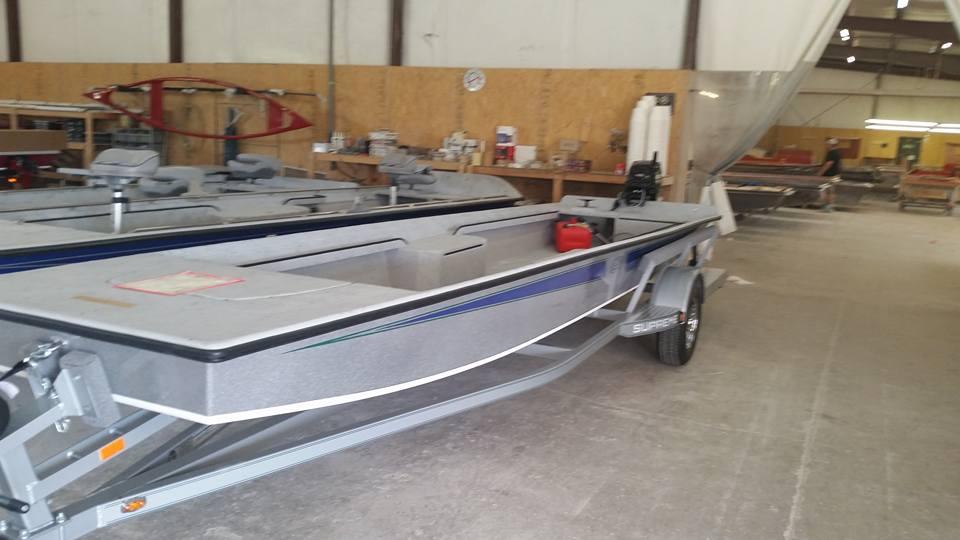 tu20boat20under20construction